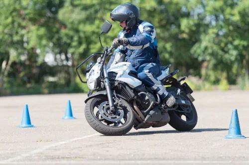 Motorrijbewijspoint Barendrecht motor rijtest