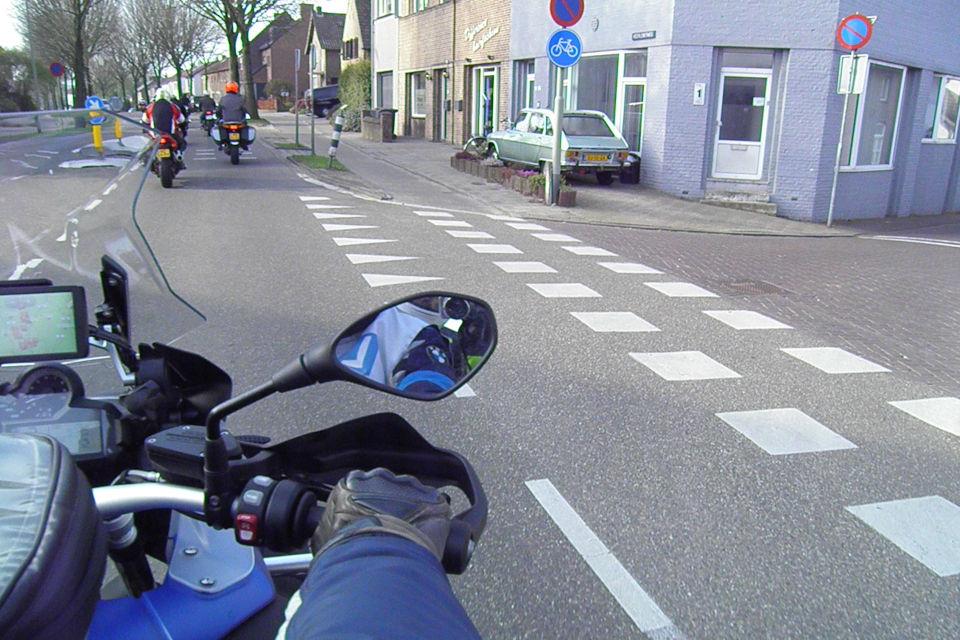 Motorrijbewijspoint Barendrecht theorie cursus online